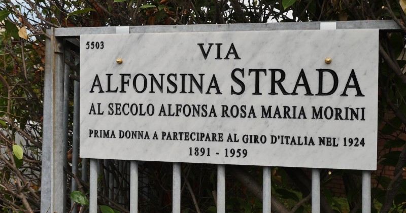 VIA ALFONSINA STRADA